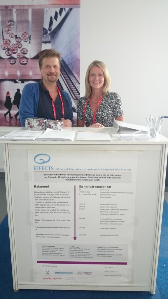Erik och Eva i EFFECTS monter på Nordic Stroke Meeting.